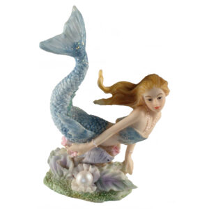 Mermaid with Pearl - 8.5cm